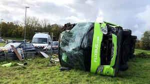 Dutzende Verletzte bei Flixbus-Unfall in Frankreich