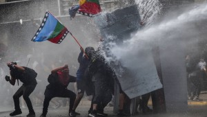 Chiles Regierung kündigt neue Verfassung an