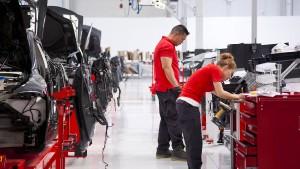 Tesla entlässt neun Prozent seiner Mitarbeiter