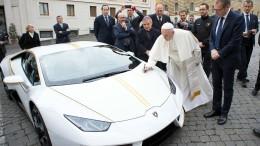 Der Papst will keinen Lamborghini