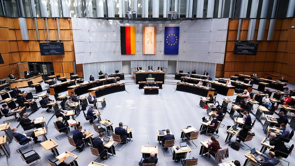 Blick in den Plenarsaal des Berliner Abgeordnetenhauses.