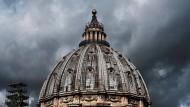 Wer da glaubet und getauft wird, der wird selig werden; wer aber nicht glaubet, der wird verdammt werden: Der Petersdom