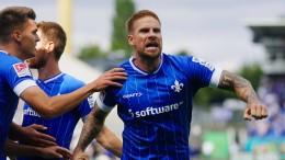 """Darmstadt mit """"verdientem Sieg"""" gegen Dynamo"""