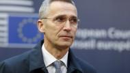 Zeigt sich sehr besorgt angesichts drastisch gestiegener Hacker-Angriffe: Nato-Generalsekretär Jens Stoltenberg