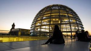 Aufbau eines neuen Netzes für Bundestag dauert mindestens ein Jahr