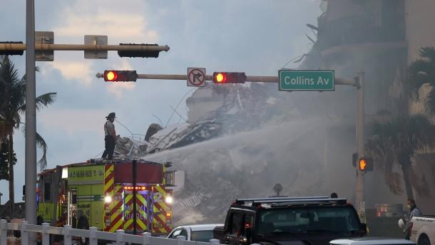 Mindestens vier Tote nach Hauseinsturz in Florida