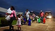 Flüchtlinge erreichen den Bundesstaat Roraima.
