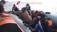 Flüchtlinge aus dem Mittelmeer gerettet