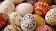 Die Sorben der Lausitz produzieren Eier fürs Glück
