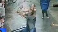 Mann fängt Kind nach Sturz aus zweitem Stock