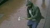 Mann geht mit Axt auf Polizisten los