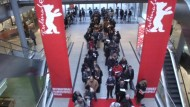 Lange Schlangen für Berlinale-Tickets