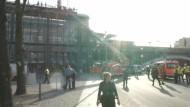 Mann auf Dach legt Bahnverkehr in Berlin lahm