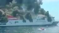 Brennende Fähre Sorrento vor Mallorca