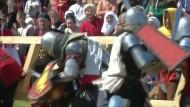 Schwertkampf bei der Ritter-Weltmeisterschaft