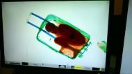 Grenzbeamte finden Kind in Koffer