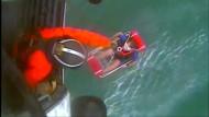 Kajak-Fahrer wird von Hubschrauber gerettet