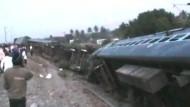 Zug in Indien entgleist
