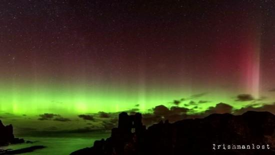Polarlicht erstrahlt über Nordirland