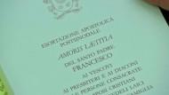Papst-Schreiben Amoris Laetitia veröffentlicht