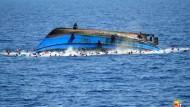 Dramatische Rettungsaktion auf dem Mittelmeer