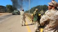 Libysche Truppen setzen IS unter Druck