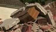 Tod und Zerstörung im Erdbebengebiet