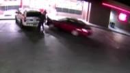 Autofahrer rast in Polizistengruppe