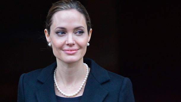 Angelina Jolie lässt sich vorsorglich Brüste amputieren