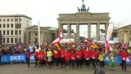 Traditioneller Neujahrslauf in Berlin