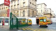 In Frankreichs Kliniken werden die Betten knapp