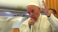 Papst für Vermittlung durch Drittstaat