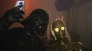 Wo Figuren aus Star Wars und Star Trek gemeinsam feiern