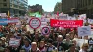 Proteste gegen Abriss alter Plattenbauten