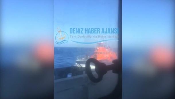 Griechische Küstenwache beschießt türkisches Frachtschiff
