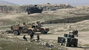 Truppen rücken von Nordwesten auf Mossul vor