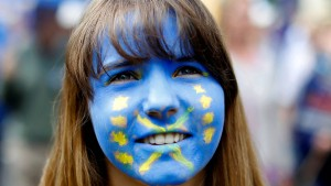 Zehntausende demonstrieren gegen den Brexit