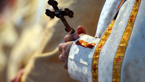 Kaum jemand will noch Priester werden