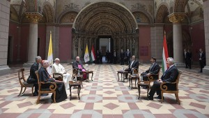 Papst Franziskus besucht Budapest