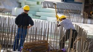 Zahl der Arbeitslosen auf Wiedervereinigungstief