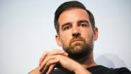 Christoph Metzelder: Opfer oder Täter?