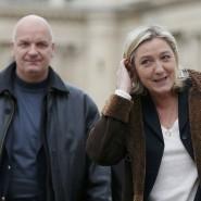 Die Front-National-Chefin Marine Le Pen und ihr Leibwächter Thierry Legier