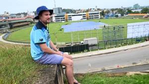 Engländer wartet zehn Monate in Sri Lanka auf Cricket-Spiel