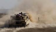 Die irakische Armee rückt immer weiter auf die IS-Hochburg Mossul vor.