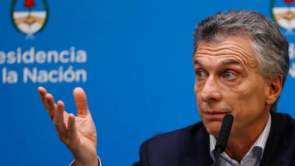 Vorwahlen desaströs, Sparkurs adieu - und jetzt geht noch der Finanzminister