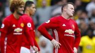 Unfassbar: Wayne Rooney (r.) und seine Teamkollegin können es nicht glauben