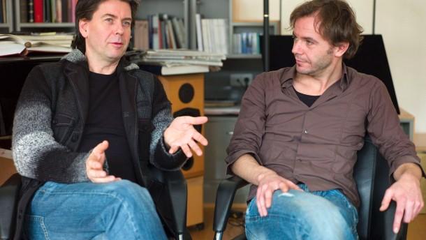 Otello - Der Generalmusikdirektor Sebastian Weigle und Regisseur Johannes Erath sprechen über die neue Produktion an der Oper Frankfurt.
