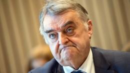 Innenminister Reul fordert Härte