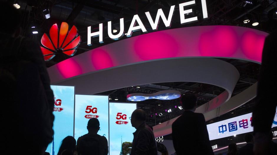 Der chinesische Telekomriese Huawei hat weltweit 91 Verträge mit Mobilfunkprovidern zum Aufbau von Mobilfunknetzen der fünften Generation (5G) gewonnen.