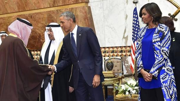 Aufregung um Michelle Obamas unbedecktes Haupt